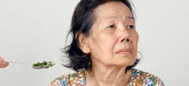 Ako riešiť u opatrovaných osôb v seniorskom veku problémy s nechutenstvom?