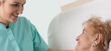 Ako predchádzať vzniku dekubitov a ako ich ošetrovať?
