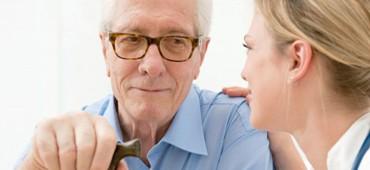 Aké zdravotné problémy trápia starších ľudí najviac?